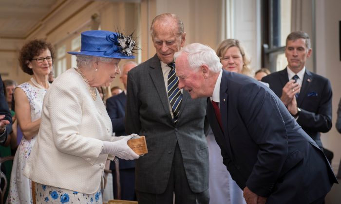 Queen Elizabeth II and Prince Philip, Duke of Cambridge are welcomed to Canada House by Canada Governor General David Johnston for her visit to Canada House on July 19, 2017 in London, England.     (Photo by Stefan Rousseau - WPA Pool /Getty Images)