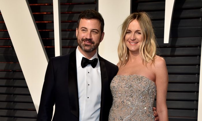 Oscar telecast host Jimmy Kimmel (L) and writer Molly McNearney attend the 2017 Vanity Fair Oscar Party at Wallis Annenberg Center for the Performing Arts on February 26, 2017 in Beverly Hills, California.  (Photo by Pascal Le Segretain/Getty Images)