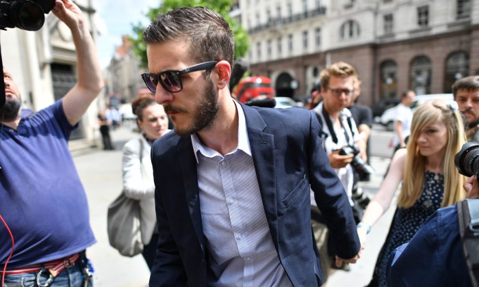 Connie Yates (R) and Chris Gard, parents of terminally-ill 10-month-old Charlie Gard, arrive at the High Court in central London on July 10, 2017.  (BEN STANSALL/AFP/Getty Images)