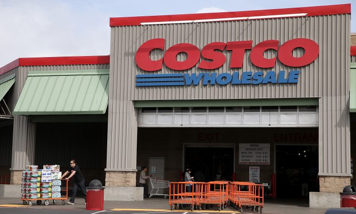 A customer leaves a Costco store on March 6, 2014 in Richmond, California.   (Justin Sullivan/Getty Images)