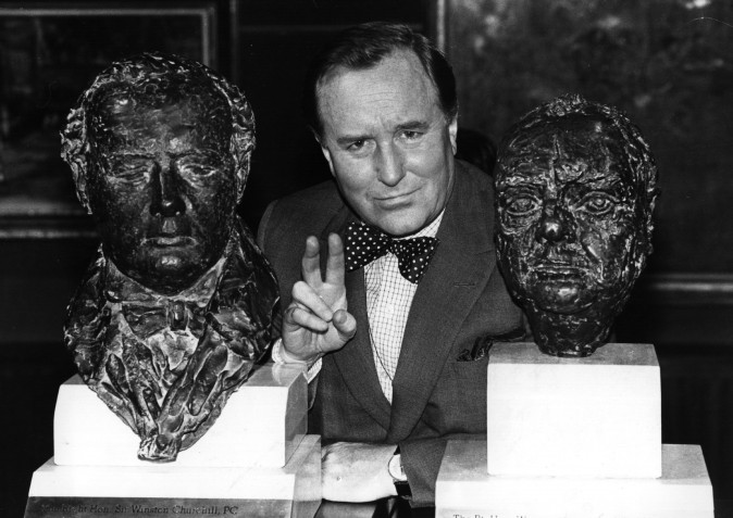 Robert Hardy, actor, chosen to portray Winston Churchill in a television series, between two busts of Churchill on June 3, 1980. (Geoff Bruce/Central Press/Getty Images)