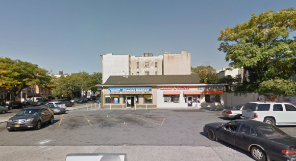 Undated Google Streetview footage: A Dunkin Donuts branch at 1993 Atlantic Ave. in the New York City neighborhood of Brooklyn where a clerk refused to allegedly serve two police officers ice cream on Sunday, July 31, 2017. (Google Maps)
