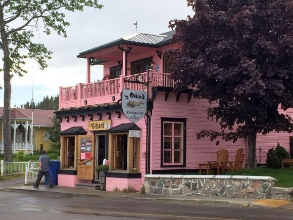 Le Gibard café in Tadoussac. (Janna Graber)
