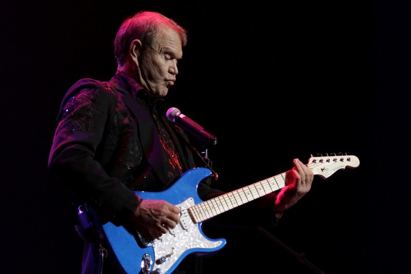 Singer Glen Campbell, currently on a farewell concert tour following his recent diagnosis with Alzheimer's disease, performs on stage at Club Nokia in Los Angeles, Calif., on on Oct. 6, 2011. (REUTERS/Jonathan Alcorn)