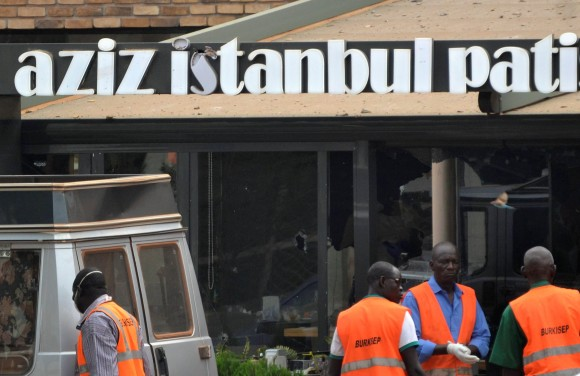 Medical agents stand outside the Aziz Istanbul restaurant after an overnight raid in Ouagadougou, Burkina Faso August 14, 2017. REUTERS/Bonaventure Pare