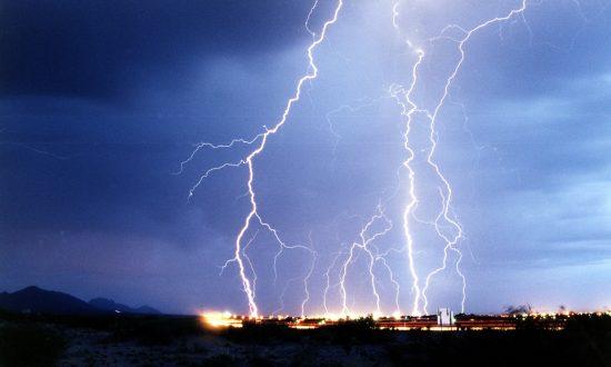 Lightning Kills 10 Children in Remote Uganda Town: Police