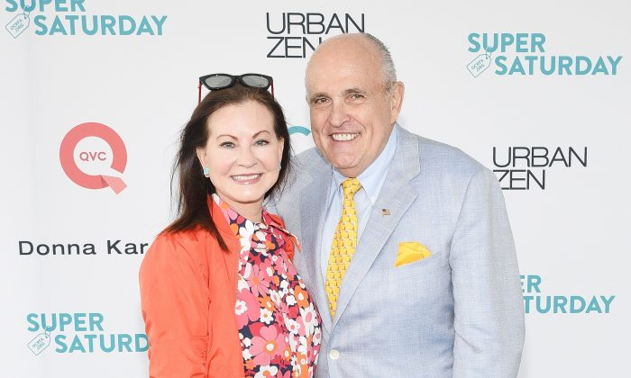 Judith Giuliani and Rudy Giuliani attend Ovarian Cancer Benefit on July 29, 2017 in Watermill, New York.  (Mike Pont/Getty Images for OCRFA)