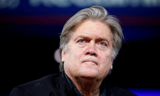 Breitbart Readers Respond to Steve Bannon Controversy: 'I voted for Trump … I didn't vote for Bannon.'