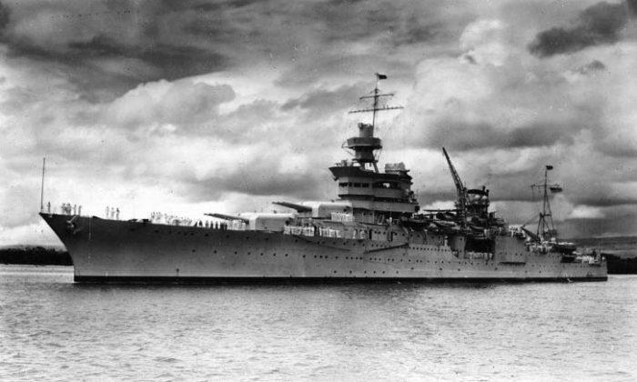 USS Indianapolis in Pearl Harbor, Hawaii in 1937.  (US Navy Photo)