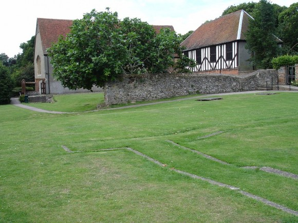 Prittlewell Priory Museum (Public Domain)