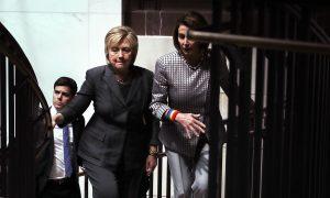 Former US Intelligence Officials Debunk Claim Russians Hacked Democrats