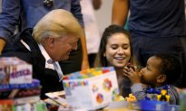 President Trump Receives Warm Welcome as He Meets With Flood Victims in Texas