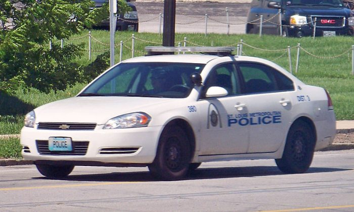 St. Louis Metropolitan Police car. (Ryanandlenny/CC BY 3.0)