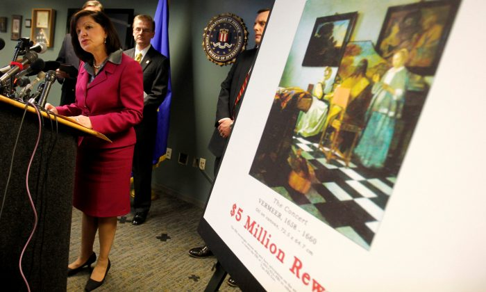FILE PHOTO: United States Attorney Carmen Ortiz speaks during a press conference at the FBI's Boston Field Office held to appeal to the public for help in returning artwork stolen in 1990 from the Isabella Stewart Gardner Museum in Boston, Massachusetts, U.S. on March 18, 2013. (Reuters/Jessica Rinaldi/File Photo)