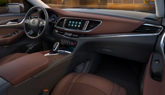 2018 Buick Enclave Avenir interior (Buick Canada)