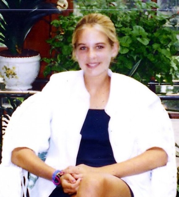 Vanessa Young died at age 15 after taking the prescription drug Prepulsid. (Courtesy of Terence Young)