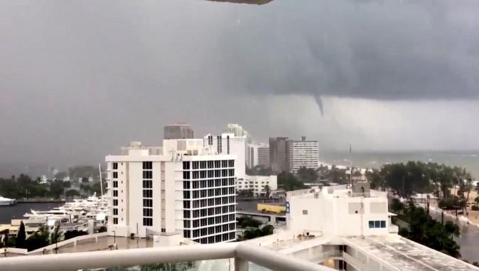 A tornado is seen from Fort Lauderdale beach, Florida on Sept. 9, 2017. (Twitter/Karina Bauza/via REUTERS)