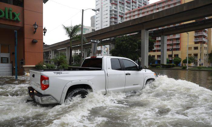 Flooding in the Brickell neighborhood as Hurricane Irma passes Miami, Florida, U.S. September 10, 2017. (REUTERS/Stephen Yang)