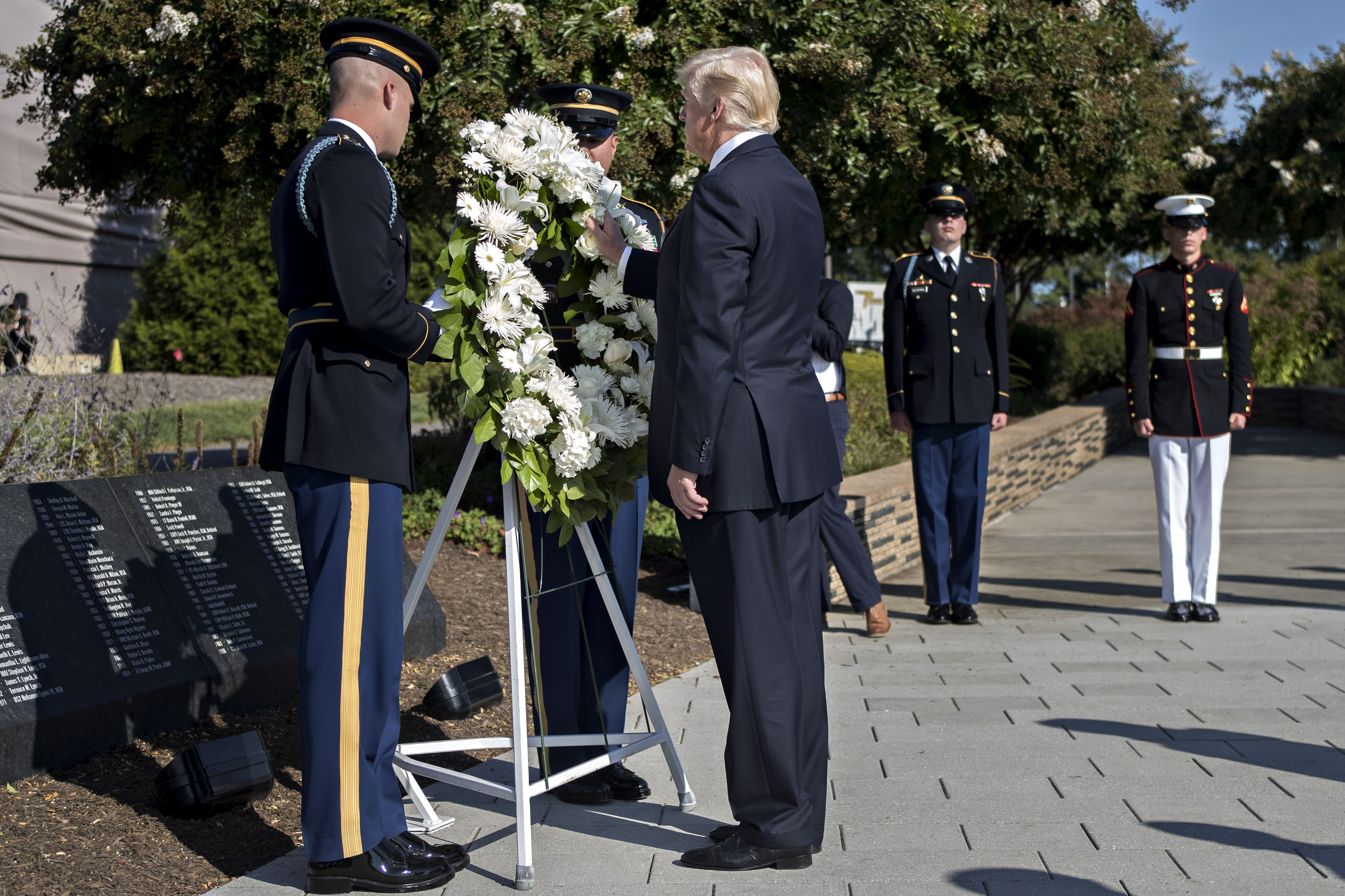 U.S. President Donald Trump lays a wreath at a ceremony commemorating the September 11, 2001 terrorist attacks at the Pentagon in Washington, D.C on Sept. 11, 2017. (Andrew Harrer-Pool/Getty Images)
