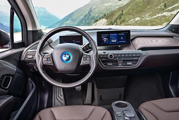 BMW i3s interior (BMW Canada)