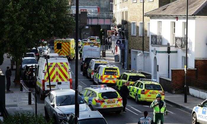 Police vehicles line the street near Parsons Green tube station in London, Britain on Sept. 15, 2017. (REUTERS/Kevin Coombs)