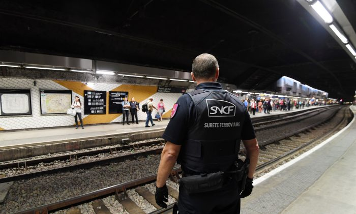 A member of the Ile de France region rail police is pictured at a subway station in Paris. (ALAIN JOCARD/AFP/Getty Images)