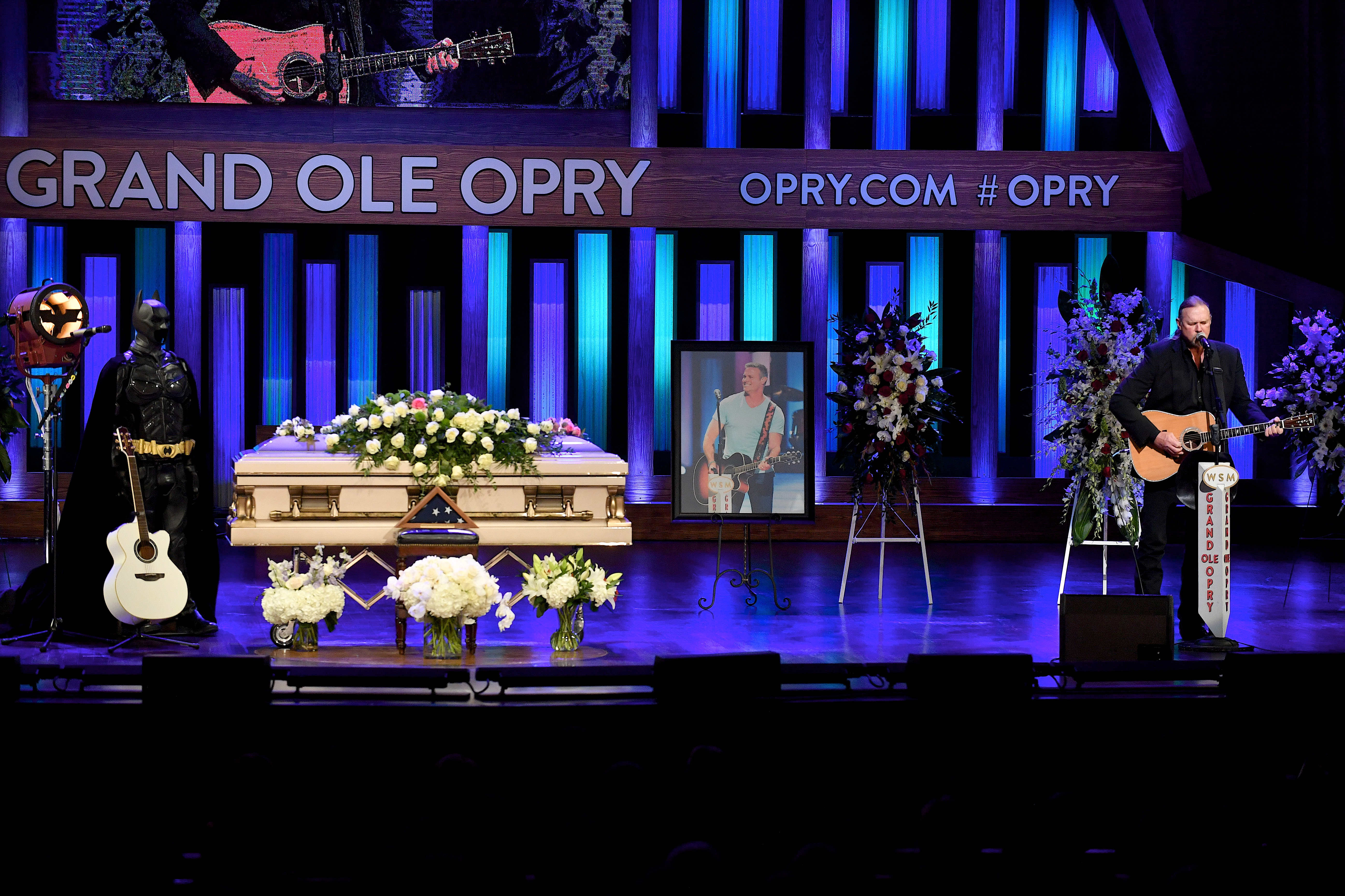 Recording Artist Trace Adkins performs during the Celebration Of Life For Troy Gentry at Grand Ole Opry House on September 14, 2017 in Nashville, Tennessee. (Photo by Jason Davis/Getty Images)
