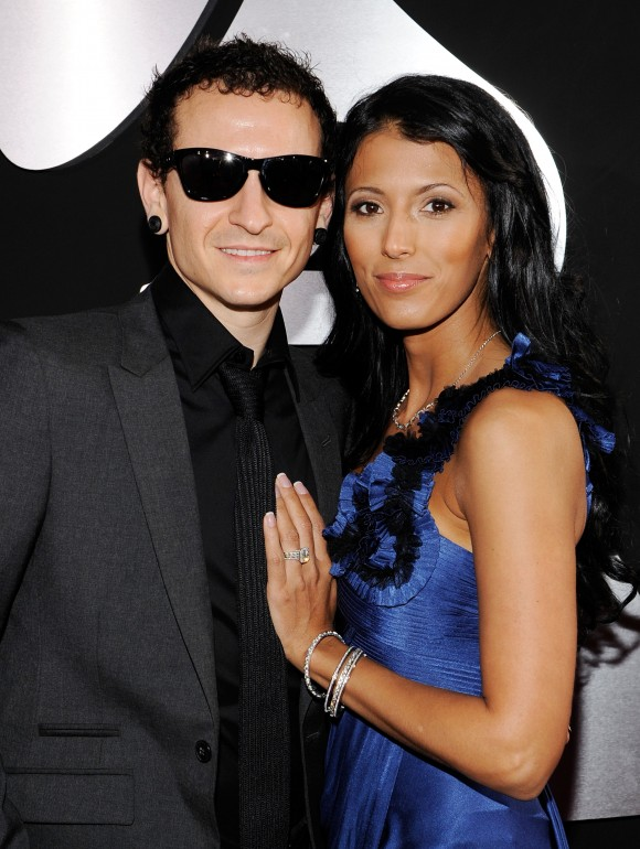 Musician Chester Bennington of the band Linkin Park (L) and wife Talinda Bentley arrive at the 52nd Annual Grammy Awards in Los Angeles, California, on Jan. 31, 2010. (Larry Busacca/Getty Images for NARAS)