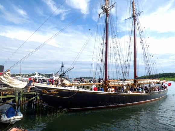Bluenose II anchored in Lunenberg. (Manos Angelakis)
