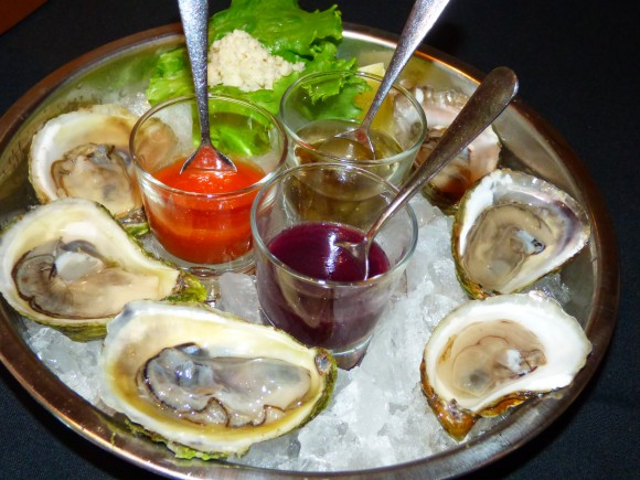 Oysters on the half-shell. (Manos Angelakis)
