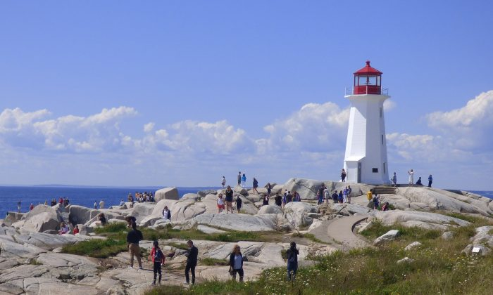 Lighthouse at Peggy's Cove. (Manos Angelakis)