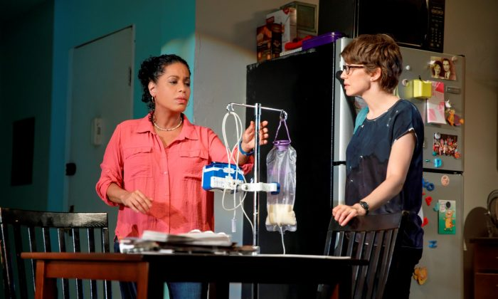 """(L–R) Liza Colón-Zayas and Carrie Coon in """"Mary Jane."""" (Joan Marcus)"""
