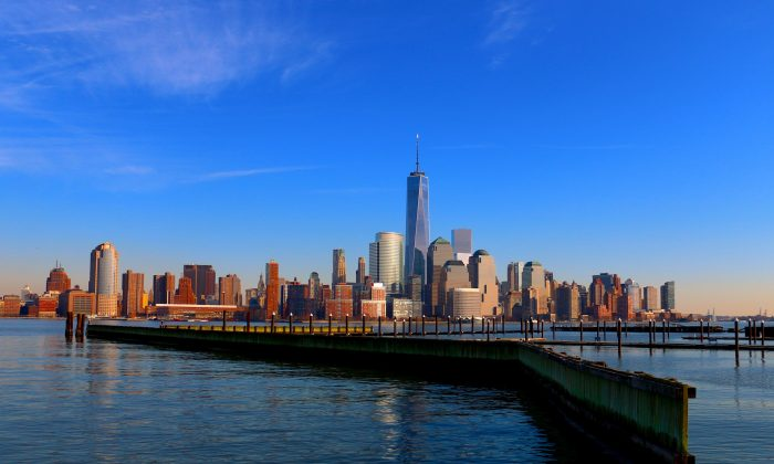 Downtown Manhattan from Newport, New Jersey on April 14, 2014. (Allen Xie/ The Epoch Times)