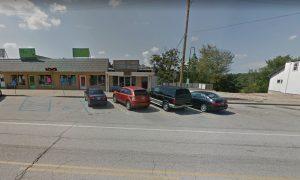 Missouri Bar Under Fire for Using Lynch, Kaepernick Jerseys as Doormats