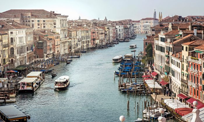 Venice's Grand Canal in a stock photo (Didier Descouens/Wikimedia Commons)