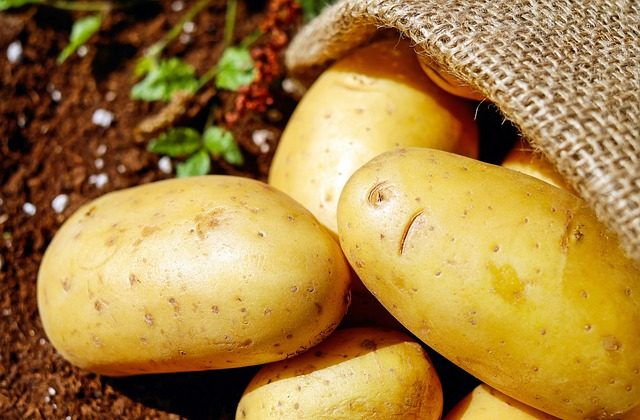 Low carb dieters need not fear the potato. Its complex carbs and lack of fat make it a great compliment to your daily diet.  (Pxby/CC)