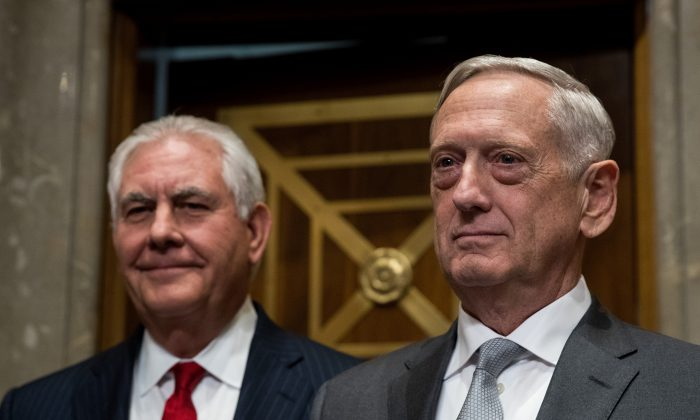Secretary of State Rex Tillerson and Defense Secretary Gen. Jim Mattis arrive for a Senate Foreign Relations Committee hearing on Oct. 30, 2017. (Drew Angerer/Getty Images)