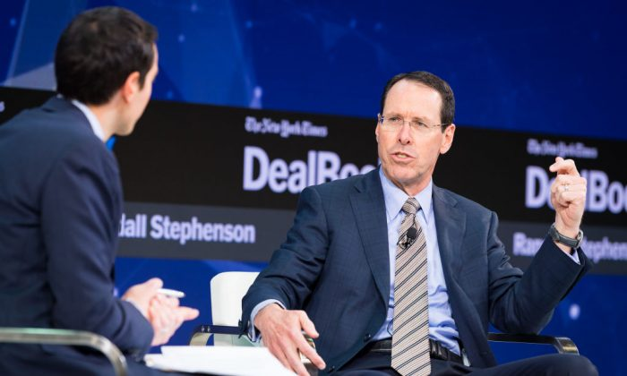 Randall Stephenson speaks onstage at The New York Times 2017 DealBook Conference in New York City on Nov. 9, 2017. AT&T plans to invest an additional $1 billion in the United States in 2018.  (Michael Cohen/Getty Images for The New York Times)