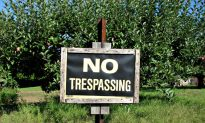 Arizona Lawmakers Concerned Vaccine 'Ambassadors' May Ignore 'No Trespassing' Signs