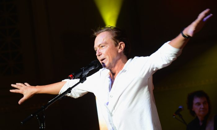 David Cassidy performs  at the War Memorial Auditorium in Nashville, Tennessee on Oct. 9, 2012. (Rick Diamond/Getty Images for IEBA)
