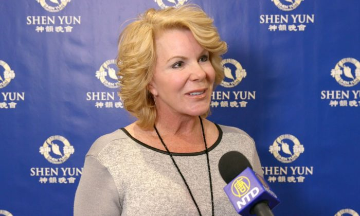 Interior Decorator Feels a Movement Through Her Soul From Shen Yun