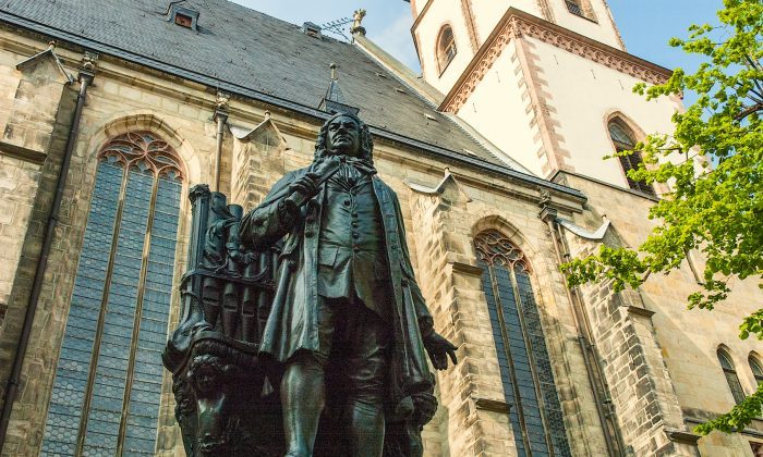 J.S. Bach statue in front of St. Thomas Church where Bach was choirmaster for 27 years. (Carole Jobin)