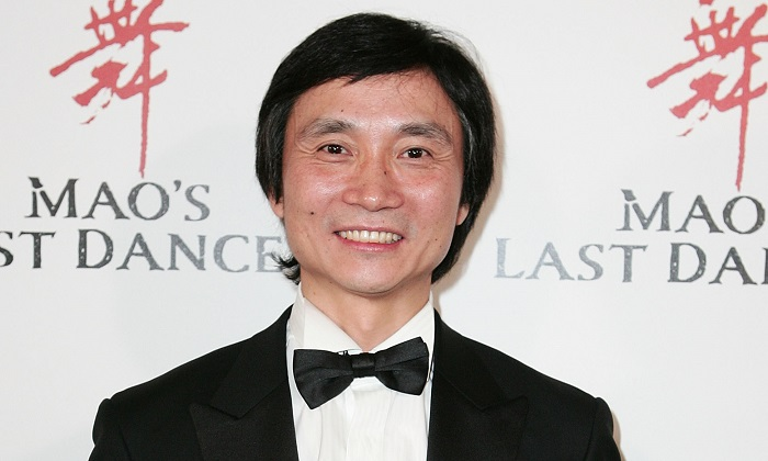 Li Cunxin and wife Mary McKendry arrive for the film premiere of Mao's Last Dancer' at the State Theatre in Sydney, Australia on Sept. 21, 2009. (Gaye Gerard/Getty Images)