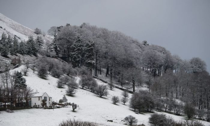 Snow covers the hills and fields surrounding the village of Hayfield in northern England, on Feb. 28, 2017. (Oli Scarff/AFP/Getty Images)