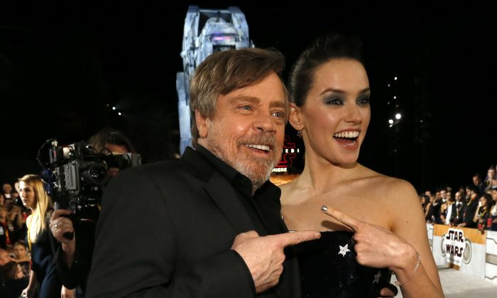 "Actors Mark Hamill and Daisy Ridley at the World Premiere of ""Star Wars: The Last Jedi"" in Los Angeles, December 9, 2017. (Reuters/Mario Anzuoni)"