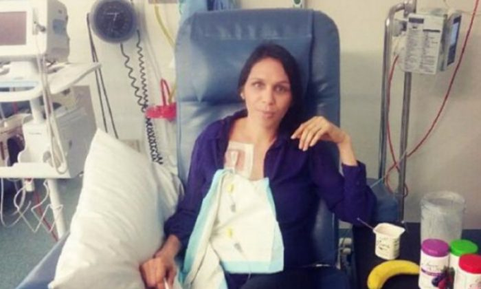 Nicole Yarran, a 34-year-old mother of three who recently died of bowel cancer. (GoFundMe)