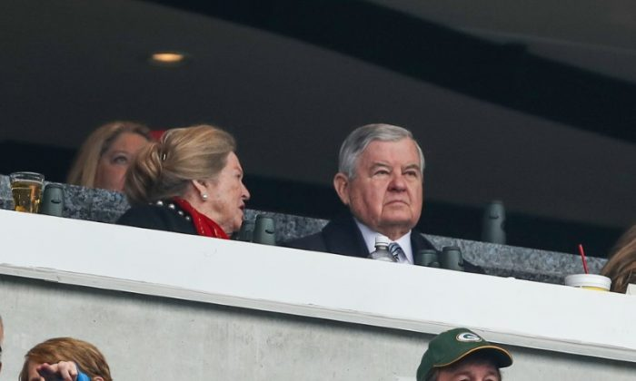 Panthers owner Jerry Richardson watches his team during the first quarter at Bank of America Stadium. (Jim Dedmon-USA TODAY Sports)