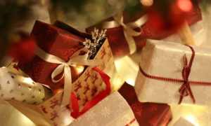 Man Leaves $3000 Tip at Diner to Spread the Holiday Cheer