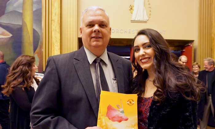 Retired Superintendent: Shen Yun Would Be Good for Kids to See