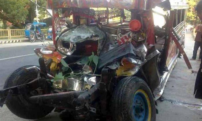 The crash left 20 people dead. (Philippines' Land Transportation Franchising Regulatory Board)